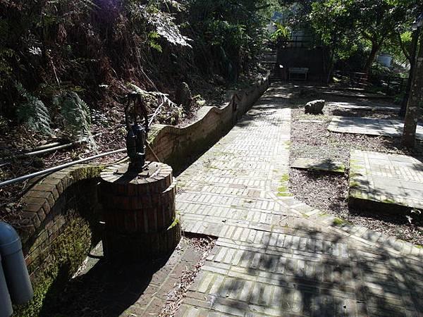 紫微聖母環山步道 (160).JPG
