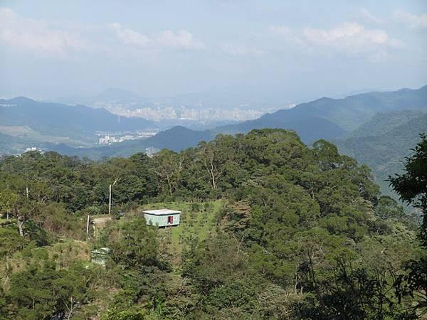 紫微聖母環山步道 (185).JPG