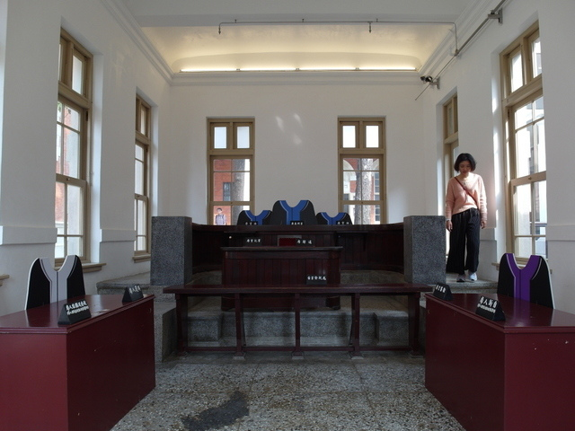 台南法院 (27).JPG