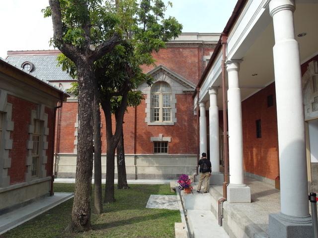 台南法院 (29).JPG