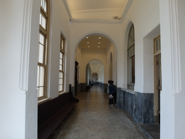 台南法院 (33).JPG