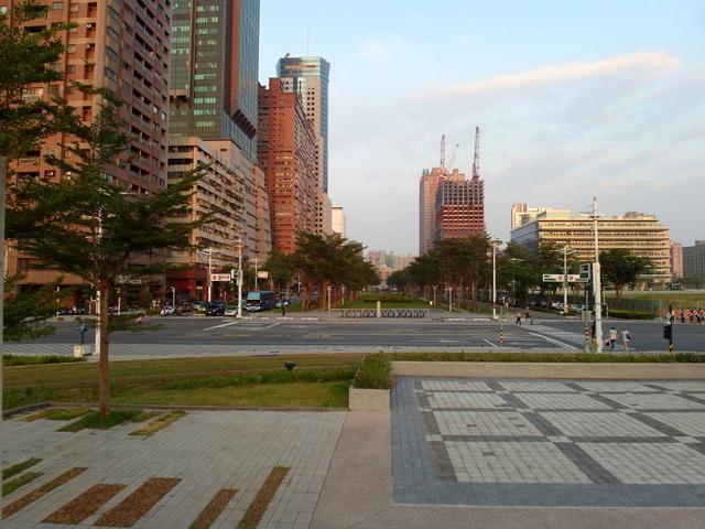 高雄世貿展覽館 (48).JPG