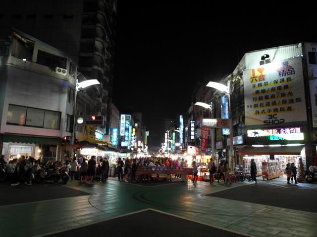 六合夜市 (3).JPG
