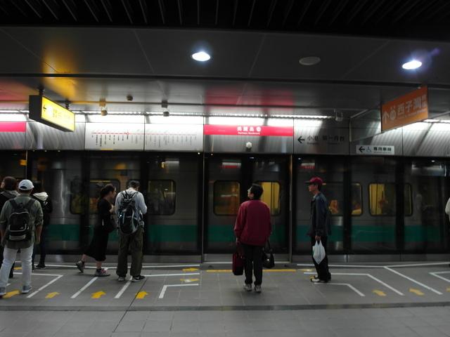 高雄捷運 (26).JPG