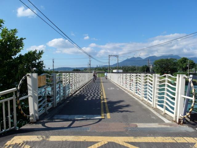 基隆河自行車道 (5).JPG