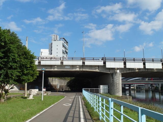 基隆河自行車道 (14).JPG