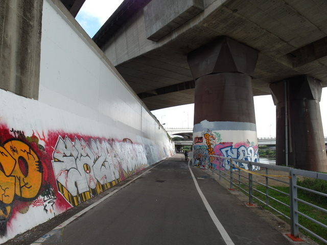 基隆河自行車道 (15).JPG