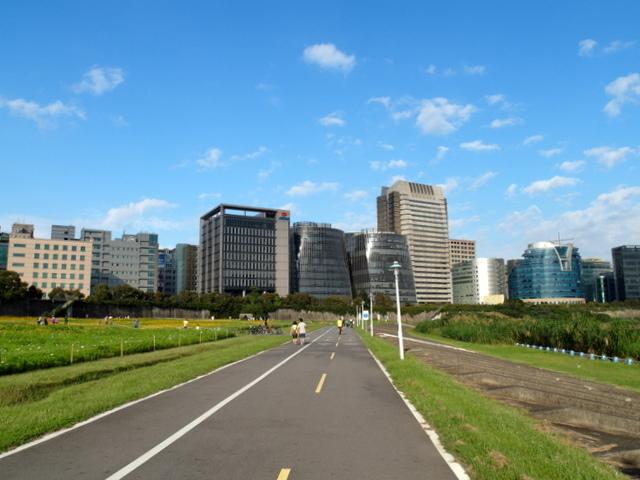 基隆河自行車道 (36).JPG