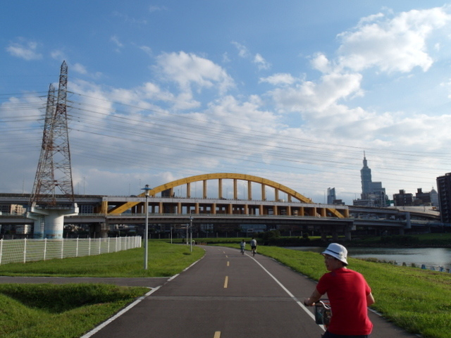 基隆河自行車道 (47).JPG