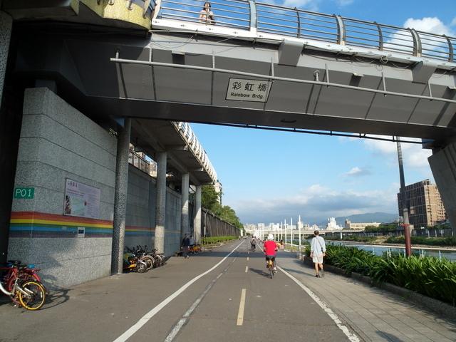 基隆河自行車道 (51).JPG