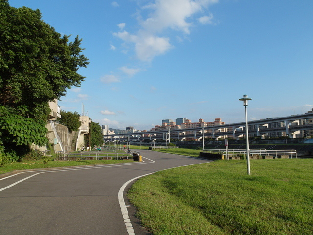 基隆河自行車道 (63).JPG