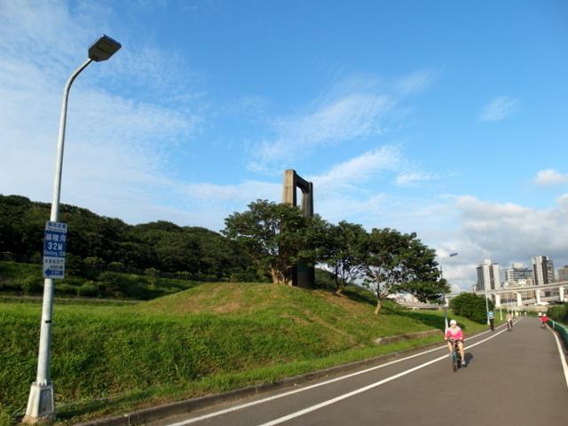 基隆河自行車道 (67).JPG
