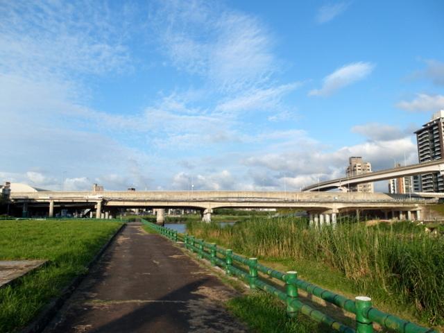 基隆河自行車道 (68).JPG