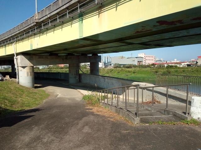 基隆河自行車道 (106).jpg