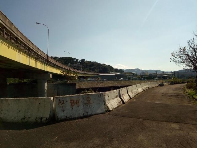 基隆河自行車道 (107).jpg