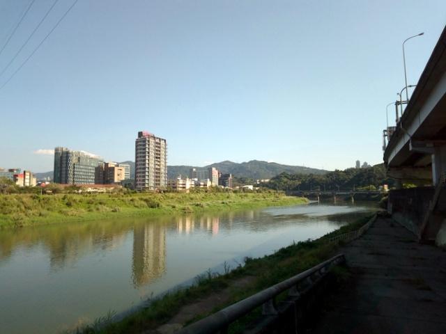 基隆河自行車道 (112).jpg