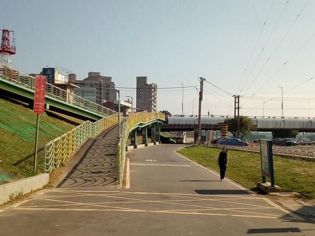基隆河自行車道 (136).jpg