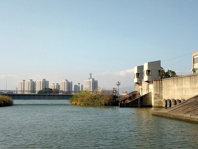基隆河自行車道 (137).jpg