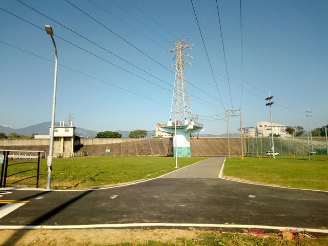 基隆河自行車道 (140).jpg
