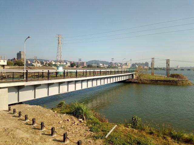 基隆河自行車道 (143).jpg