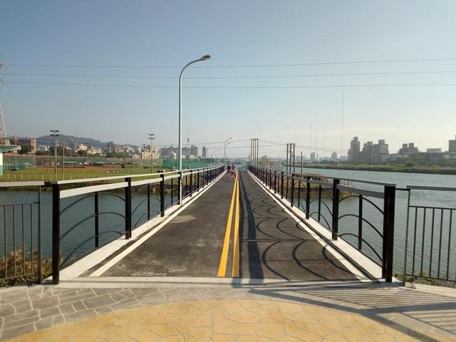 基隆河自行車道 (150).jpg