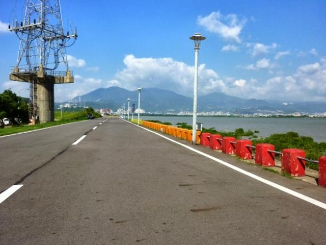 八里左岸自行車道 (11).jpg