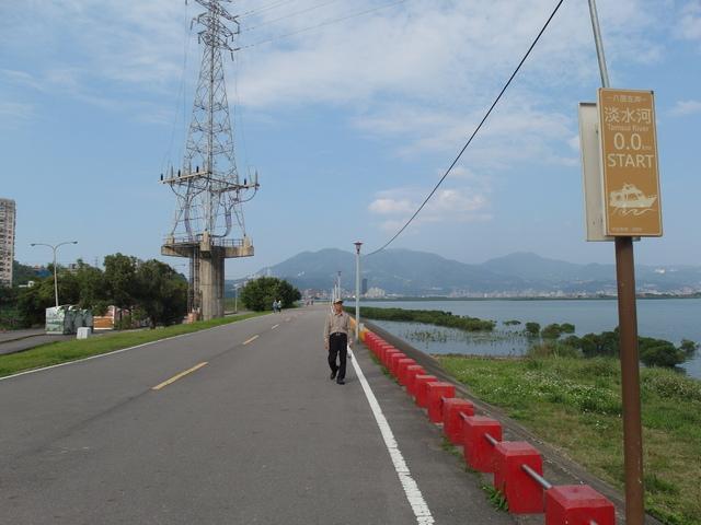 八里左岸自行車道 (22).jpg