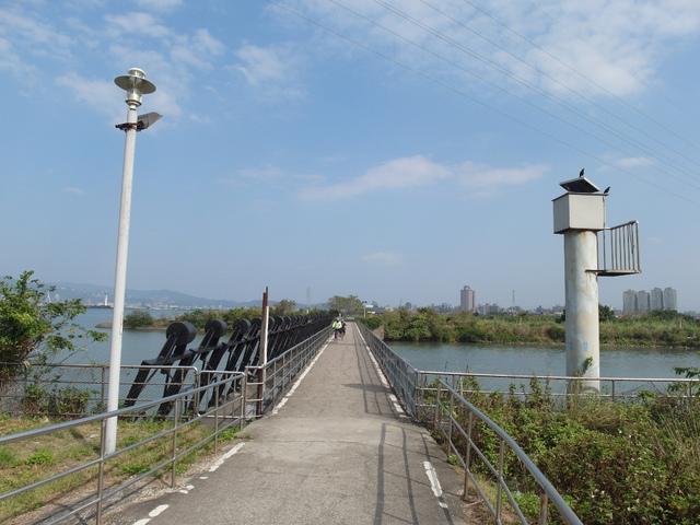 八里左岸自行車道 (23).jpg