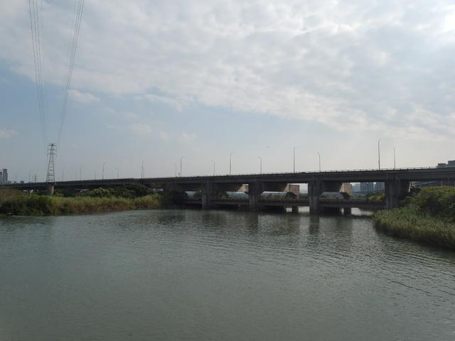 八里左岸自行車道 (24).jpg