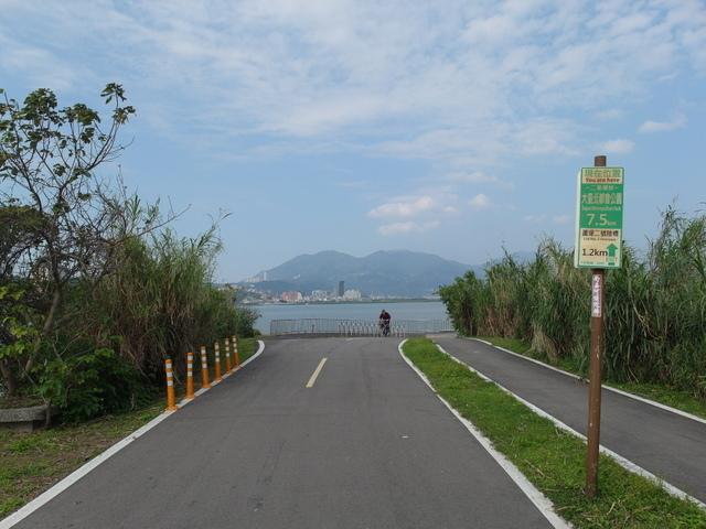 八里左岸自行車道 (26).jpg