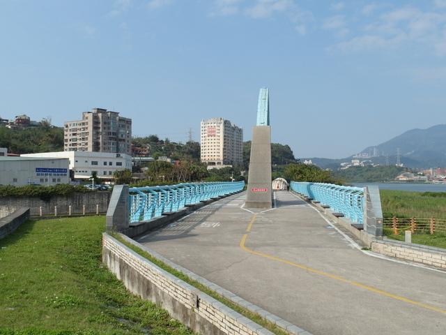 八里左岸自行車道 (39).jpg