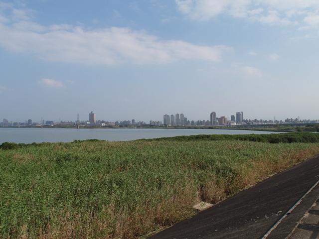 八里左岸自行車道 (40).jpg