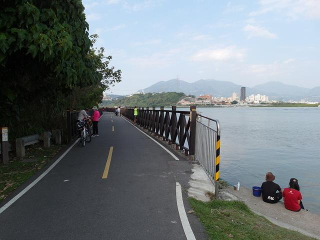 八里左岸自行車道 (55).jpg