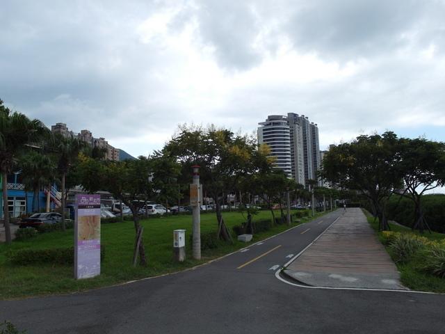 八里左岸自行車道 (74).jpg