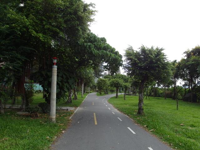 八里左岸自行車道 (75).jpg
