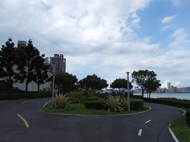 八里左岸自行車道 (80).jpg