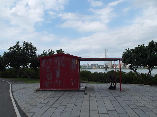 八里左岸自行車道 (86).jpg