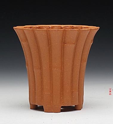 蟹黄泥口径 8 CM 高7.8 CM
