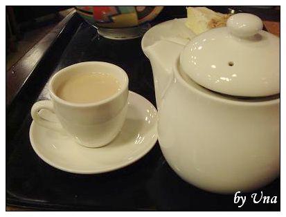拉堤極品咖啡-伯爵熱奶茶.JPG