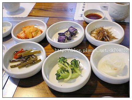 台中李家長壽韓國料理餐廳-小菜.JPG