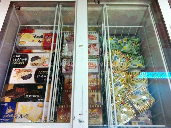 漢口街‧小蒙牛冰淇淋櫃5.JPG