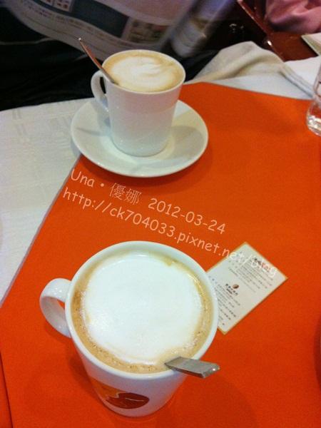 巴登咖啡台北天母店-焦糖熱拿鐵&榛果熱拿鐵