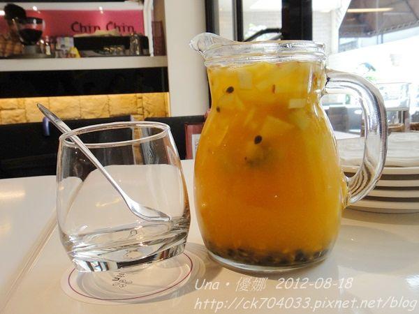 chin chin cafe-特調水果茶