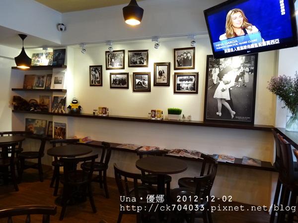 wayne's cafe-3