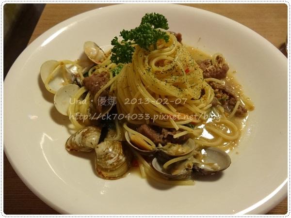 102.2.7 米塔義式廚房(凱撒店)MITA PASTA-蒜味小牛蛤蠣義大利麵