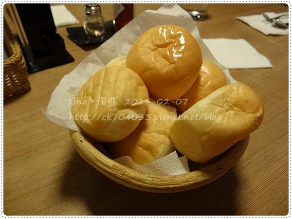 102.2.7 米塔義式廚房(凱撒店)MITA PASTA-餐前麵包