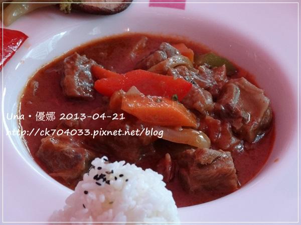 Barbie Cafe芭比餐廳-匈牙利頂級蔬菜燉牛肉270元