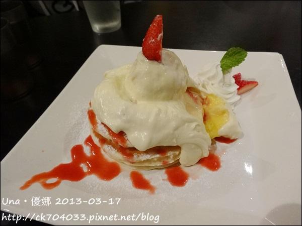 柏林頓花園(天母店)-草莓乳酪煎餅1