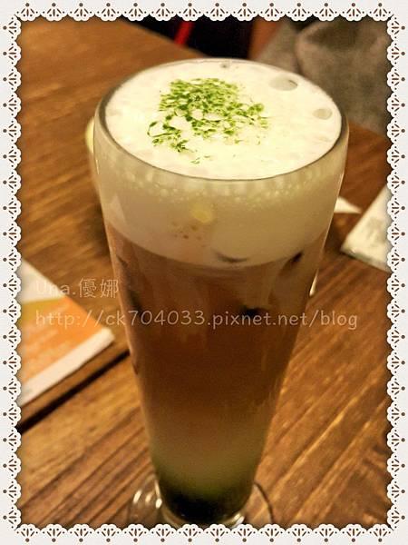 Hana cafe大安店_冰抹茶歐蕾.JPG