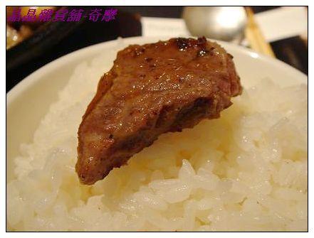 胡椒廚房-特選霜降牛排1.JPG